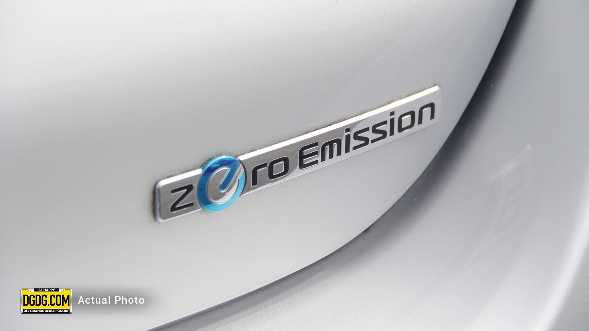 Pre-Owned 2014 Nissan Leaf S