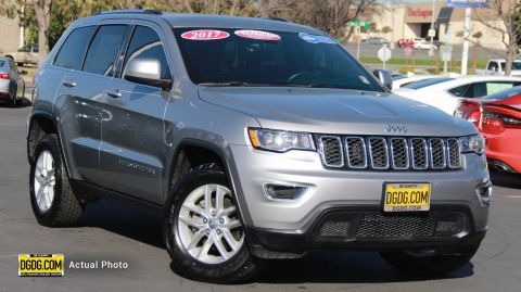 Certified Pre-Owned 2017 Jeep Grand Cherokee Laredo E