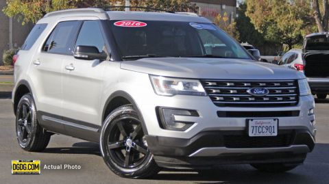 2016 FORD EXPLORER XLT WITH NAVIGATION