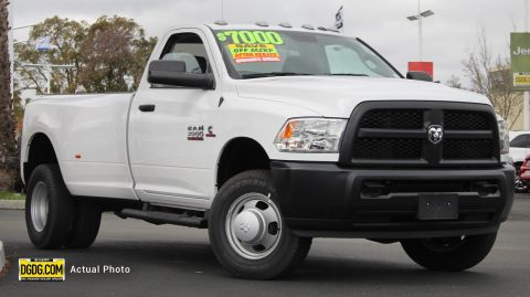 NEW 2018 RAM 3500 TRADESMAN REGULAR CAB 4X4 8' BOX