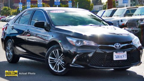 2017 TOYOTA CAMRY SE WITH NAVIGATION