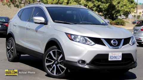2017 NISSAN ROGUE SPORT SL WITH NAVIGATION